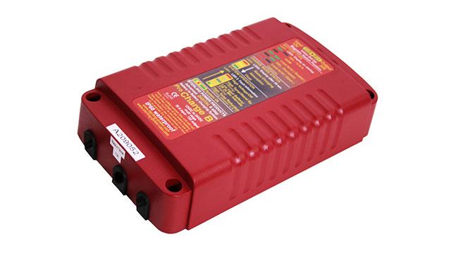 Водонепроницаемое зарядное устройство Sterling Power BBW 1212.