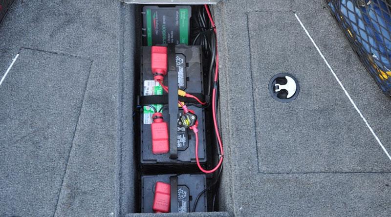 Тяговые аккумуляторы на катере