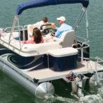 Электромотор Torqeedo Cruise на понтоне
