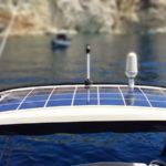 Гибкая солнечная панель на катере